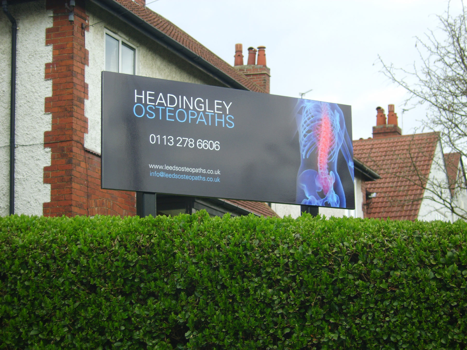 Headingley Osteopaths post mounted signs from Valley Signs